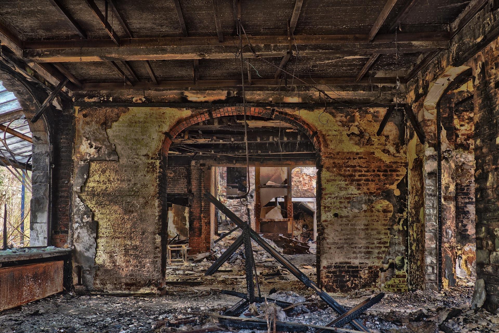 Αποκατάσταση Πυρκαγιάς-Καθαρισμοί Τζακιών
